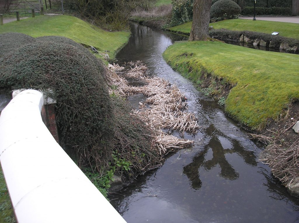 River Misbourne near Jaguar Showroom, Apr 2018