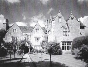 Kelmscott Manor, a memorable visit. 50 years of the Amersham Society, 2006