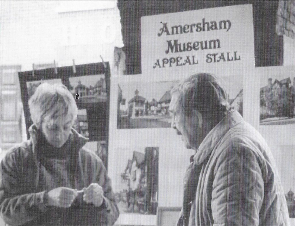 Barbara Webber and Eric Corns fund-raising. 50 years of the Amersham Society, 2006