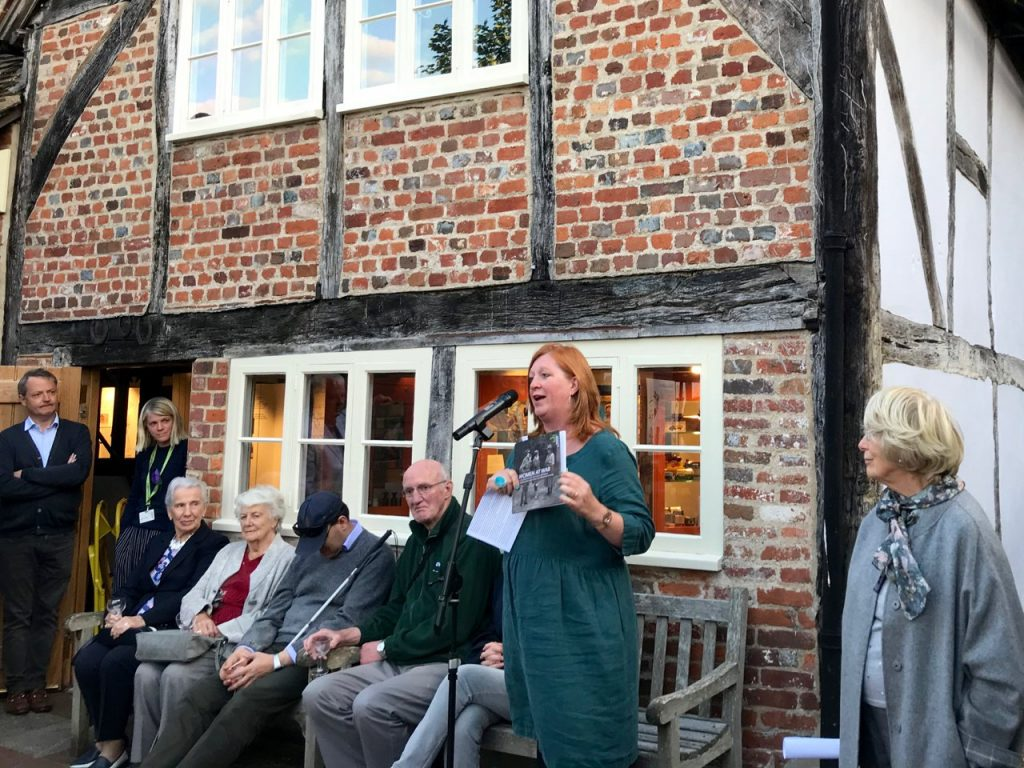 "Alison Bailey presents her book ""Women at War"""